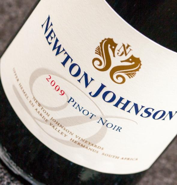 Newton Johnson Domaine Pinot Noir 2009